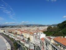 Costa bonita agradável da cidade da opinião do mar de Nizza Fotografia de Stock