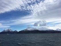 A costa bonita de Helgeland no condado de Nordland, Noruega Imagens de Stock Royalty Free