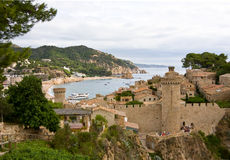 Costa Brava, beach and medieval castle in Tossa de Mar, Cataloni Stock Photography