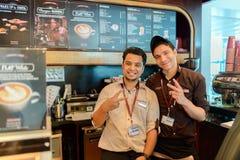 Costa Coffee-Kellner stockfotografie