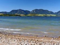 Costa com os montes de Pravnac e de Lomy Fotografia de Stock