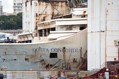 Costa Concordia haveri i Genoa Harbor Arkivfoton