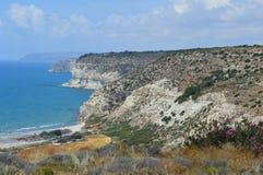 Costa costa cerca de Kourion, Chipre Fotografía de archivo