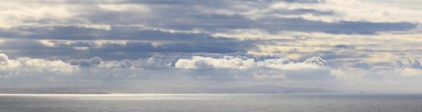 Costa costa de Cornualles del norte Foto de archivo libre de regalías