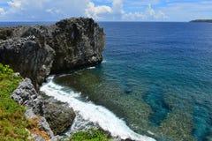 Costa costa de Hedo del cabo en el norte de Okinawa Fotos de archivo