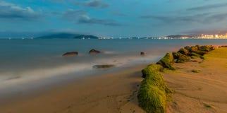 Costa costa de la ciudad de Nha Trang Imagen de archivo libre de regalías