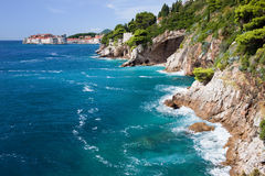 Costa costa del mar adriático Imagen de archivo libre de regalías