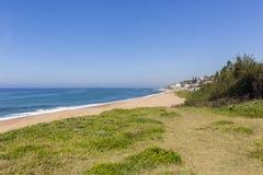 Costa costa del océano de la playa Foto de archivo