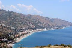 Costa costa en Sicilia, Italia Fotografía de archivo libre de regalías