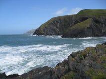 Costa costa rocosa Fotos de archivo libres de regalías