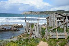 Costa costa rocosa en Cerdeña, Italia Imágenes de archivo libres de regalías