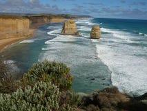 Costa costa rugosa, gran camino del océano Fotos de archivo