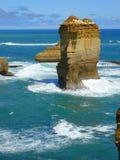 Costa costa rugosa, gran camino del océano Imagen de archivo