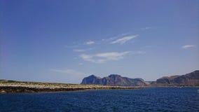 Costa costa siciliana imagenes de archivo