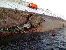 Costa d'affondamento Concordia della nave da crociera Immagine Stock Libera da Diritti