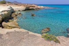 Costa da esmeralda, Milos Imagem de Stock