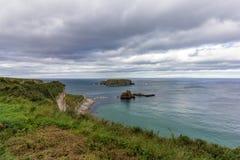 Costa de Causway em Irlanda do Norte imagens de stock