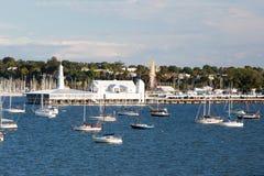 Costa de Geelong y CBD imágenes de archivo libres de regalías