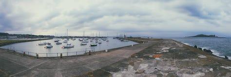 Costa de Howth, pueblo cerca de Dublín Fotos de archivo