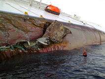 Costa de hundimiento Concordia del barco de cruceros Imagen de archivo libre de regalías