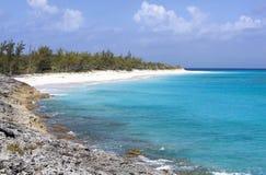 Costa costa de la isla caribeña Imagenes de archivo