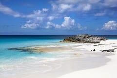 Costa costa de la isla caribeña Imagen de archivo libre de regalías