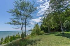Costa de la orilla del lago del condado de Door Imágenes de archivo libres de regalías