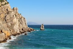 Costa de la península crimea cerca de Yalta imagenes de archivo