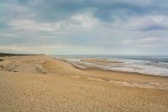 Costa de Lavos strand i Figueira da Foz, Portugal Arkivbilder