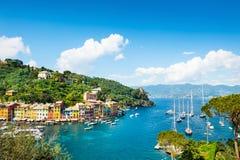 Costa de mar bonita em Portofino, Itália Fotos de Stock