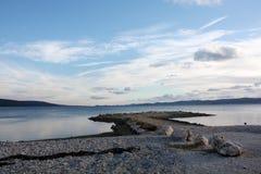 Costa de mar com por do sol em Dalmácia Adria Croatia fotografia de stock