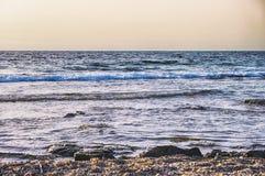 Costa de mar da noite Imagem de Stock Royalty Free