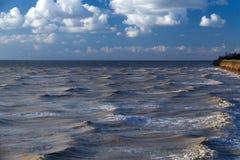 Costa de mar da tempestade Imagem de Stock Royalty Free