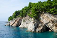 Costa de Montenegro perto de Petrovac Foto de Stock Royalty Free