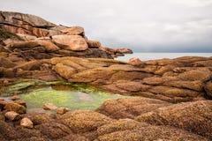 Costa de Océano Atlántico en Bretaña Foto de archivo libre de regalías