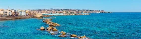 Costa de Ortigia, Syracuse, Sicilia, Italia foto de archivo libre de regalías