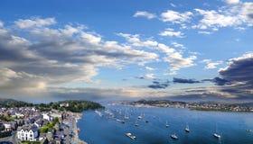 Costa de País de Gales con la bahía de Conwy en Reino Unido Imagenes de archivo