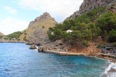 Costa de Porto de Sa Calobra e montanha, Majorca Foto de Stock Royalty Free