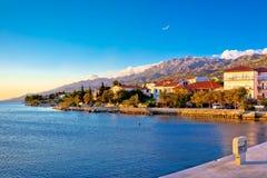 Costa de Starigrad Paklenica en la opinión panorámica del ocaso foto de archivo libre de regalías