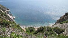 Costa de una isla, visión panorámica Imagen de archivo