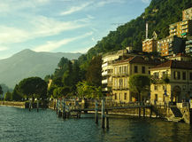 Costa del lago Como, Italia imagen de archivo