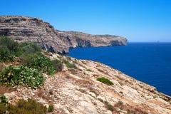 Costa del mar Mediterraneo sulla parte del sud dell'isola di Malta Fotografia Stock Libera da Diritti