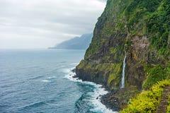 Costa del nord selvaggia delle Madera - Ponta fa Poiso Immagine Stock