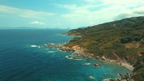 Costa del norte de Skopelos de la isla de Grecia almacen de video
