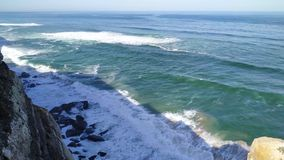 Costa del Oc?ano Atl?ntico en Portugal almacen de video