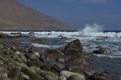 Costa del Pacífico de Chile en el desierto de Atacama fotos de archivo