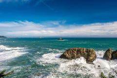 Costa del Pacífico de los E.E.U.U., roca del arco, estado de Oregon imagenes de archivo