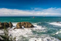 Costa del Pacifico di U.S.A., roccia dell'arco, stato dell'Oregon immagine stock