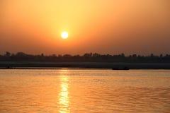 Costa del río de Varanasi Foto de archivo libre de regalías
