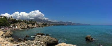 Costa Del Sol, plage de l'Espagne - de Nerja photos libres de droits